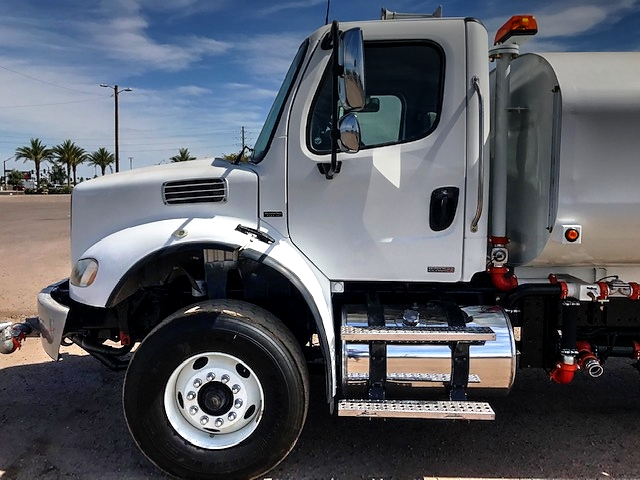 2009 Freightliner M-2 with New Maverick 4000 Gallon Water System