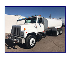 2001 International Model 2554 with New Maverick 4,500 Gallon Water System