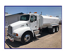 2001 Kenworth T-300 with New Maverick 4,250 Gallon Water System