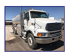 2006 Sterling Acterra with 4,500 Gallon Beall